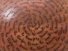 laurence girard ceramique_grosse boule ecritures en pastilles 003