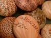 galets faience engobée polie et gravée 2_création laurence girard ceramique_atelier Touché terre_lyon